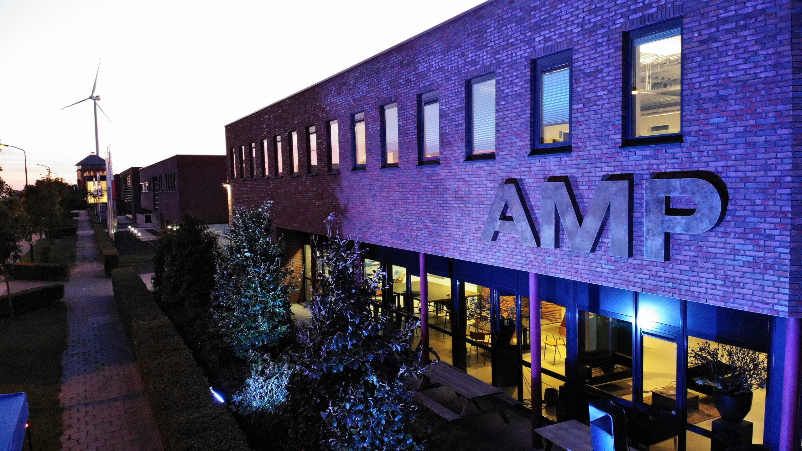 AMP Groep by night